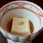 先付:ごま豆腐
